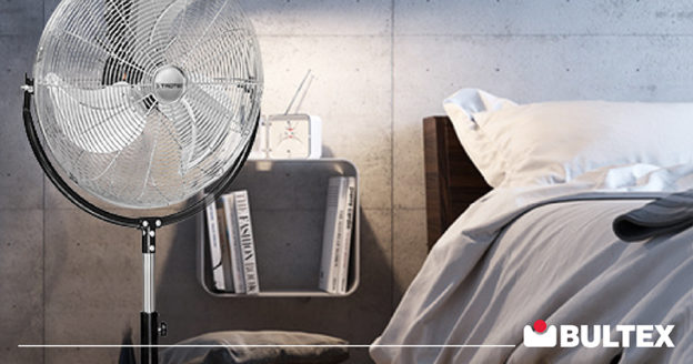 Dormire con il ventilatore acceso: pro e contro